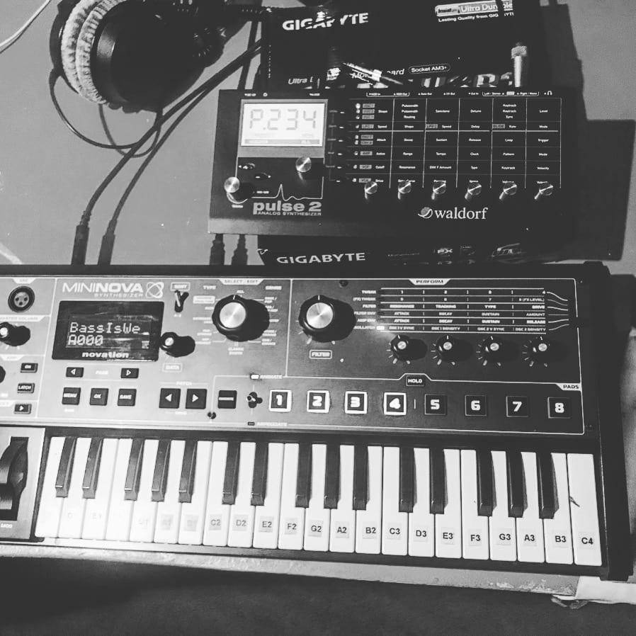 equipment - ks-records-it-sounds-ksradio-radio-soundstudios-sound-studios-6-channels-all-genres-gallanderstraße-linz-michael-drum